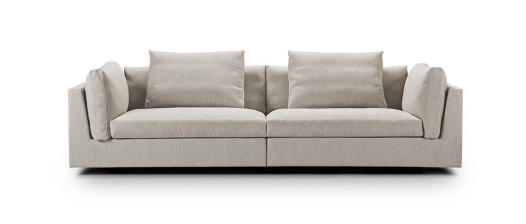 Eilersen Float Sofa, DKK 42.316 (inkl stof og puder)